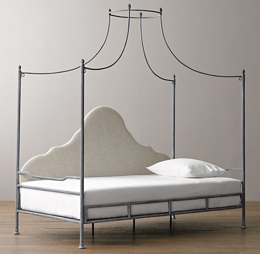The 25 best indoor canopy daybed ideas on pinterest for Tropical canopy bed
