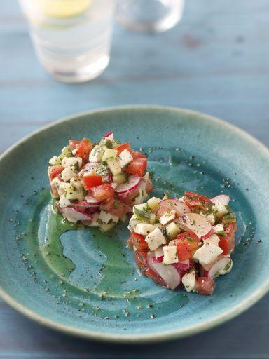 Tartare de crudités : Radis - Tomates -  Concombre - Mozarella