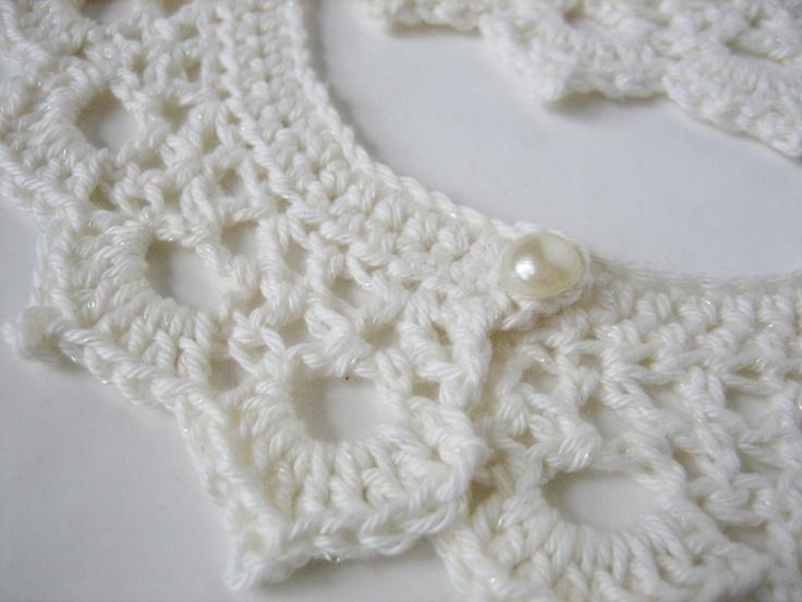 les 25 meilleures id es concernant col en dentelle en crochet sur pinterest collier au crochet. Black Bedroom Furniture Sets. Home Design Ideas