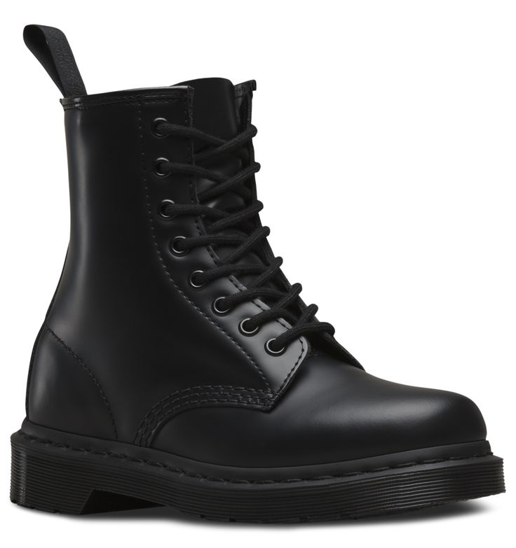 Mono Colored Shoes With All Black Clothes