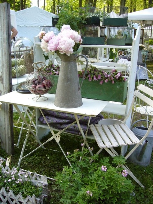 Vintage Brocante Garden