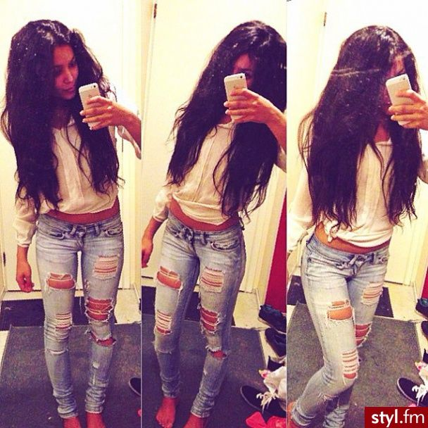 93 best images about Ripped Jeans on Pinterest | Kim kardashian ...