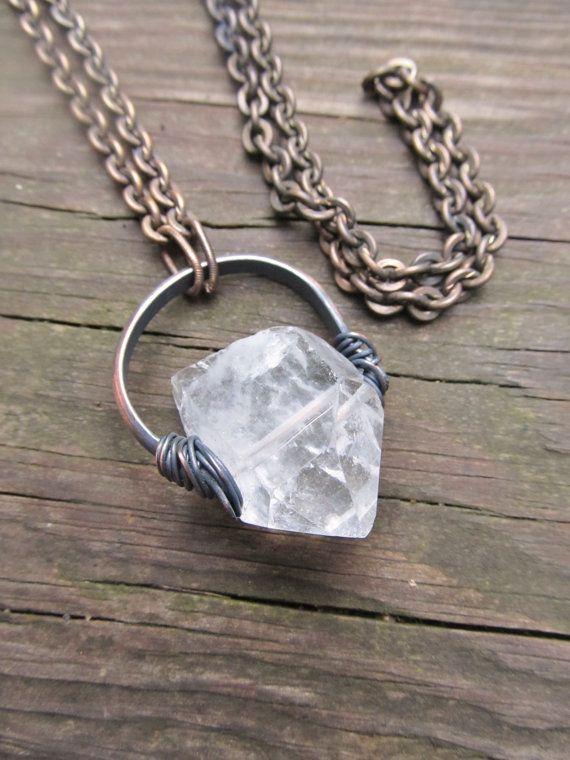 Quartz brut collier fil envelopper bijoux Wire Wrap cristal de Quartz DanielleRoseBean brut cristal collier Cyber lundi Etsy sur Etsy, 34,81€