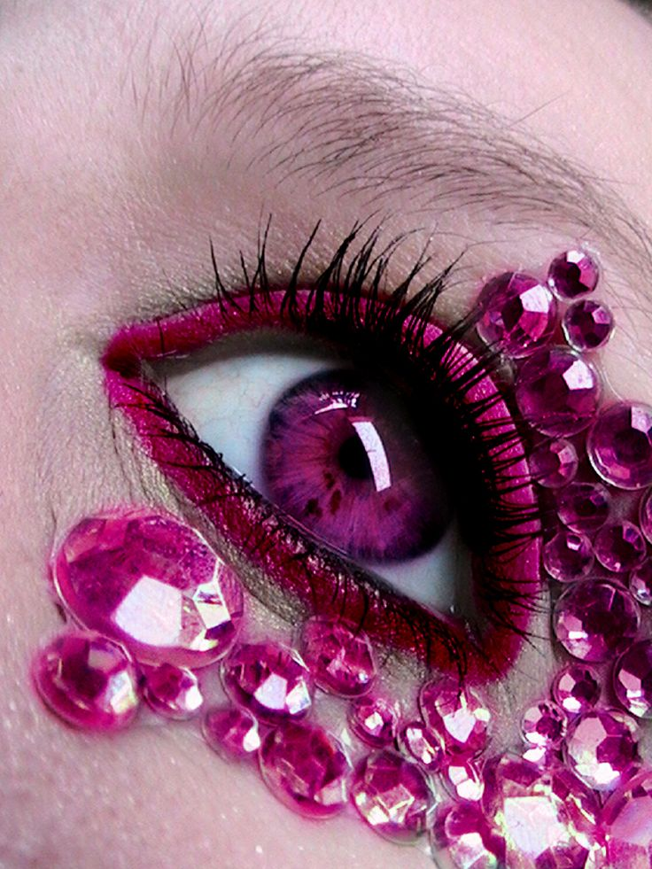 Pink eye bedazzeling! Pink + Diamonds + Make-up = EPIC WIN ...