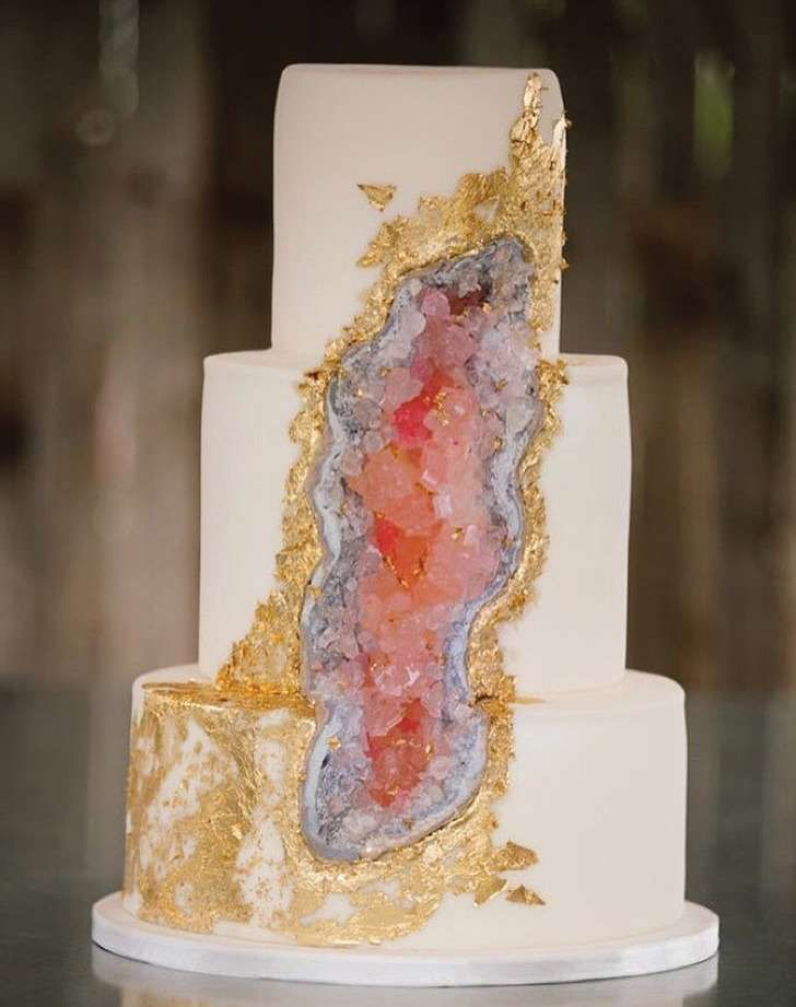 Geode cakes = rock candy deluxe