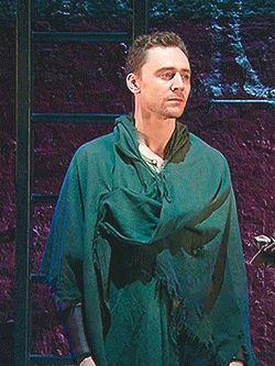 """What is thy name?"" — Coriolanus, IV.iv #SharkespeareSunday Gif-set: http://maryxglz.tumblr.com/post/153725623777/what-is-thy-name"