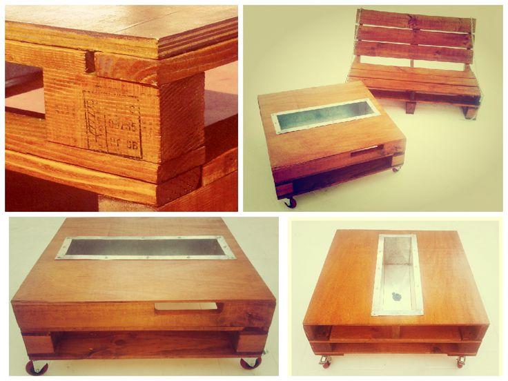 Una mesa de madera reciclada de pallets, que en su interior ...¡contiene una frapera de zinc para conservar hielo y botellas! Tiene un tapón para desagote. Consultas a: todoenpallets@gmail.com