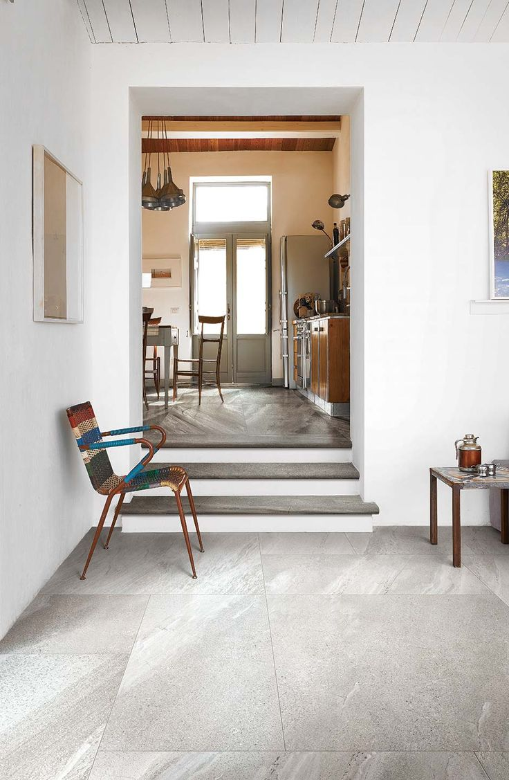 Marbles and stones made of ceramic porcelain tiles: Stones & More