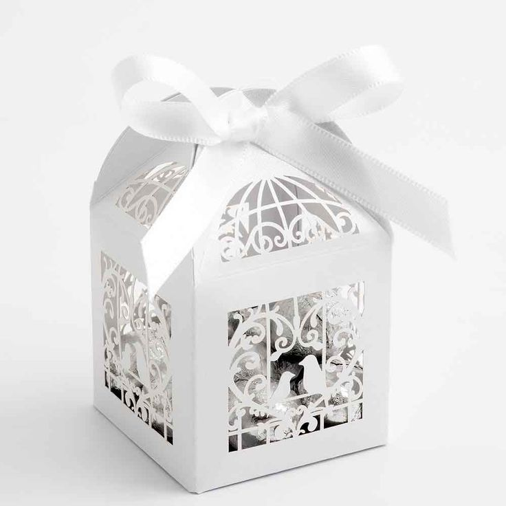 White Laser Cut Wedding Favour Boxes with Lovebirds