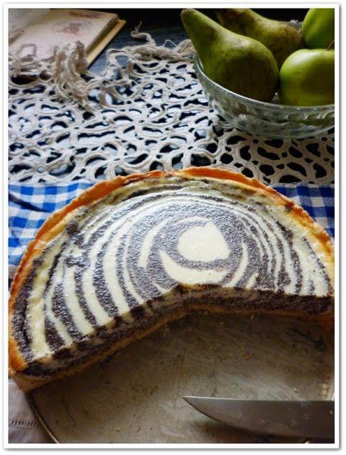 tvarohovo-makový pruhovaný koláč