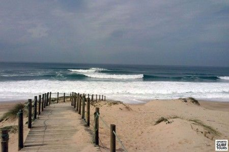 Empty line up secret spot | Oporto North