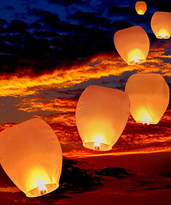 Light up the summer sunsets with White Sky Lanterns by LumaBase #zulily #zulilyfinds