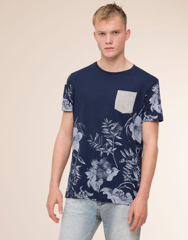 Pull&Bear - hombre - camisetas - camiseta print flores con bolsillo - marino - 09240559-V2016