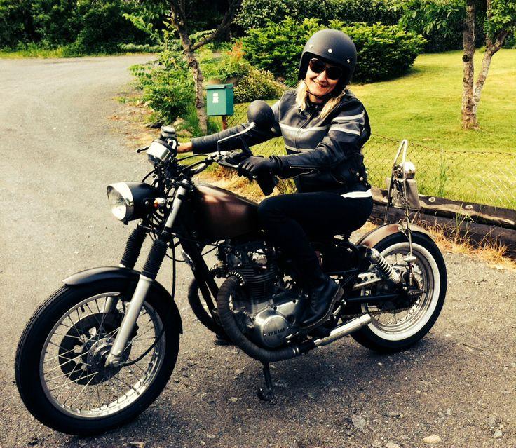 My garage buil bike xs650