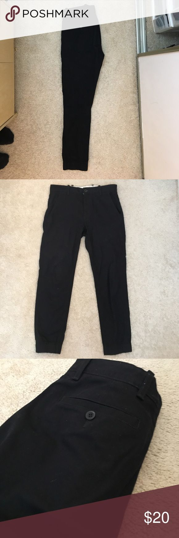 Levi's Men's chino joggers size 29 x 30 black Used but in excellent condition. Worn a handful of times and kept in a smoke free and pet free household. Did not washed yet and is not faded at all. Levi's Pants Chinos & Khakis
