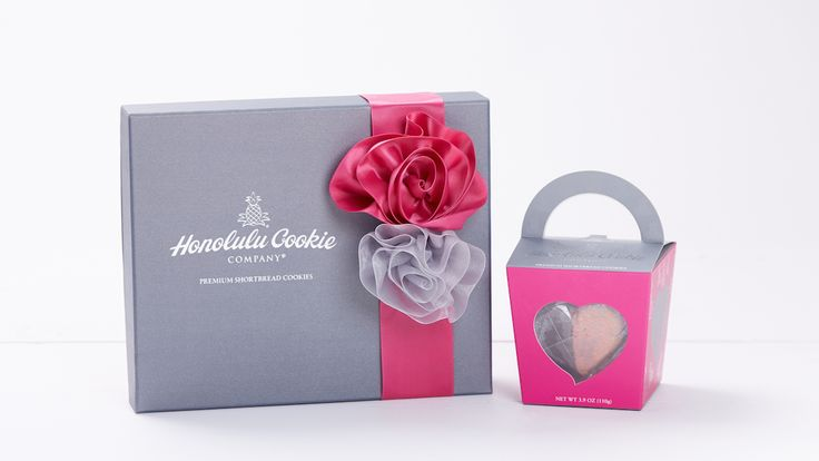Honolulu Cookie Company Valentine's Collection 2015 - DFS Gift Box and Tote http://www.honolulucookie.com/valentines