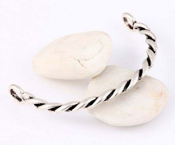 Twisted Bracelet Bar Silver Plated 1 piece // by ShiShisBoutique