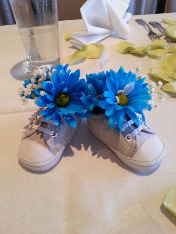 25 best ideas about baby shower centerpieces on pinterest for Baby shower flower decoration ideas