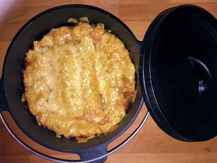 Lecker Lasagne aus dem Dutch Oven war der Wunsch meiner Frau. Also hab ich den Dopf ausgepackt und was leckeres gezaubert.
