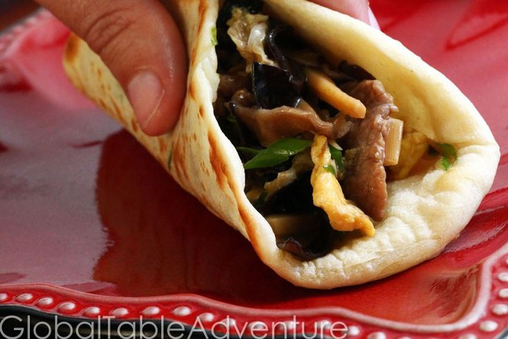 Serves 2-4 However you spell it, Moo Shu (mu sh00, mu shu, etc) Pork is great Chinese food. Simple and quick, you'll make this recipe over and over again. Note: If you don't have the Sh…