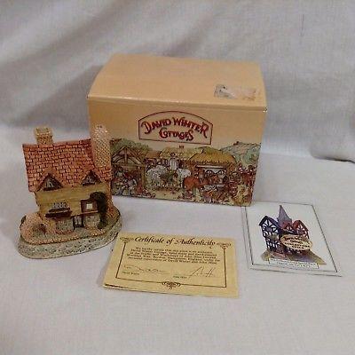 "David Winter 4"" Cottages Wine Merchant Box Papers COA 1980 Vintage"