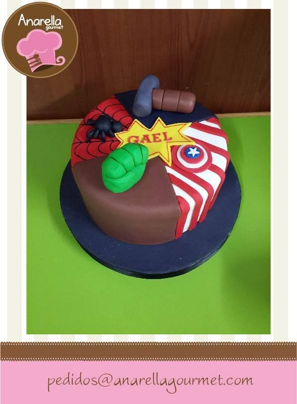 #Avengers para Gael en una torta de símbolos muy dulce y divertida :o) #fondant #cake  https://www.facebook.com/photo.php?fbid=604756782894815&set=a.341607735876389.67998.230691146968049&type=3&src=https%3A%2F%2Ffbcdn-sphotos-g-a.akamaihd.net%2Fhphotos-ak-xpf1%2Ft1.0-9%2F1476701_604756782894815_1099899011_n.jpg&size=597%2C812