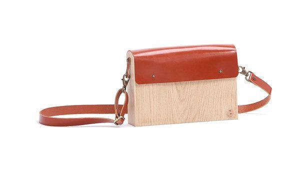 https://www.etsy.com/listing/387278572/wooden-shoulder-bag-oak-leather?ref=shop_home_active_14