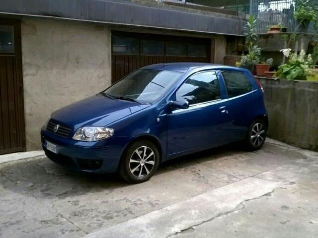 Offerta auto usata: Fiat Punto 1.3 Multijet 16V 3 porte Dynamic, € 2.500,-, Diesel, Manuale anno 06/2003 a Ponte San Pietro, 122.500 km, 51 kW