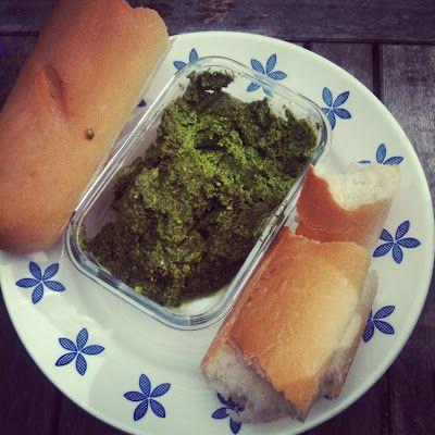 Random Recycling: Green Living for Modern Families: Homemade Basil Pesto: Olives Oil, Olive Oils