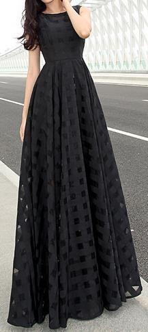 Scoop Sleeveless Flared Pleated Organza Long Beach Dress