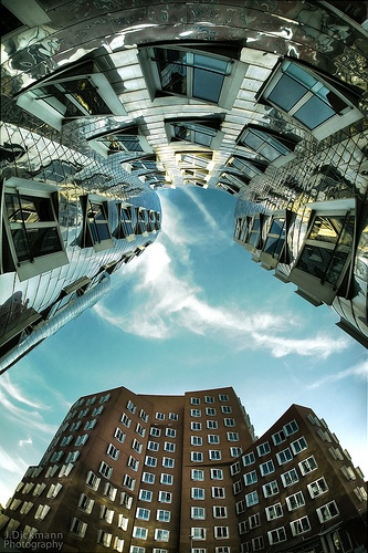 180° Gehry