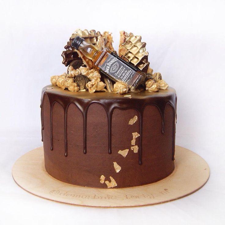 Доброго утречка! Есть торты, в которые я влюбляюсь. Этот один из них❤️ #это_мой_торт10 на конкурс @anuta_maletina спонсор @superbaker.ru