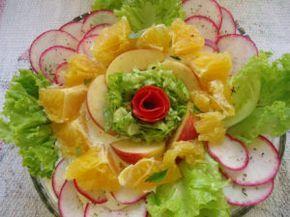 Salada de laranja, com alface, rabanete e maçã | receitas e receitas