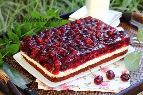 Шоколадно-мятный торт с вишневым желе