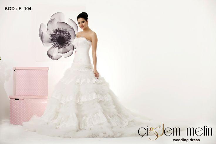Elegancia Gelinlik Modelleri kod: F104 http://www.cigdemgelinlik.com.tr/ http://www.cigdemgelinlik.com.tr/elegancia-collection-2013
