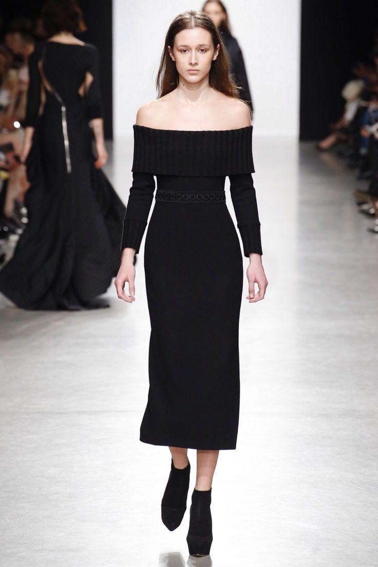 Sartorial Elegance — Valentin Yudashkin - Fall 2017 Ready-to-Wear...