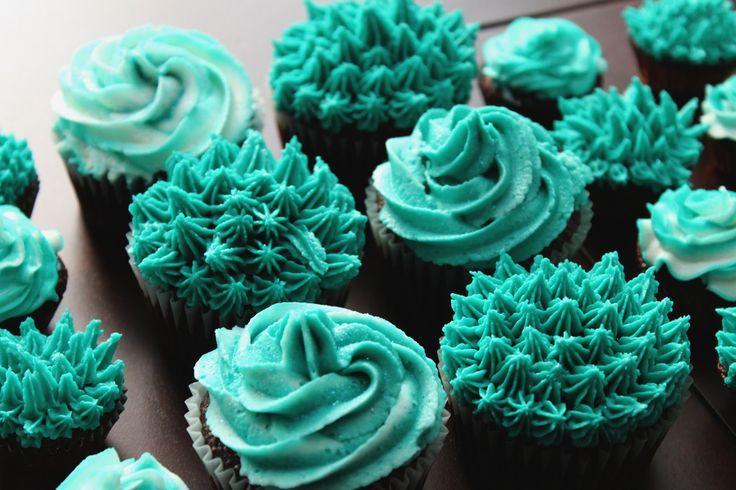 #teal #wedding #cupcakes