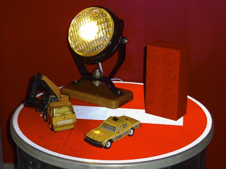 Les 25 meilleures id es concernant signalisation de chambre sur pinterest id es de couloir - Table basse panneau signalisation ...