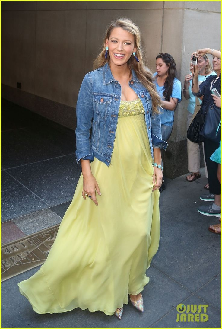 Blake Lively Wants More Than Two Kids with Ryan Reynolds! Pinterest: KarinaCamerino
