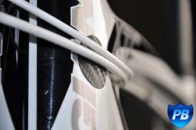 KIT ADESIVO PROTECCION - MTB desde 24€  Medidas: - Protector cuadrado 450x48mm (1 und.) - Protector vaina cadena 246x36mm (1 und.) - Protector cables 25mm (4 und.) - Protector pipa dirección 72x40mm (1 und.) - Peso 12grs.(kit de mtb) - Espesor 200 mic.   protegebike.com