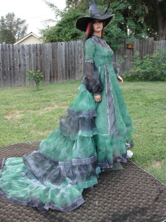 36 best ♥Witches Stitches♥ images on Pinterest | Witch costumes ...