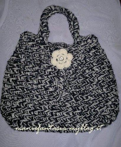 tutorial,borsa,uncinetto,lana,panna,nera,regali,natale,risparmiare