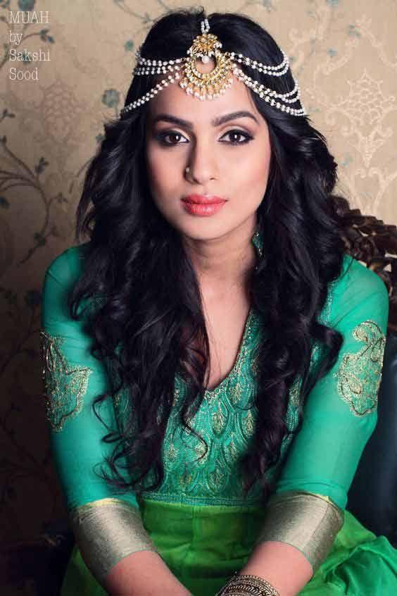 Matha Patti And Mang Tikka Hairstyles For Party 2019  Indian Bridal -1606