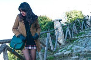 Le nostre borse richiamano stili vintage, la Catana Media Verdeè perfetta per questo outfit!