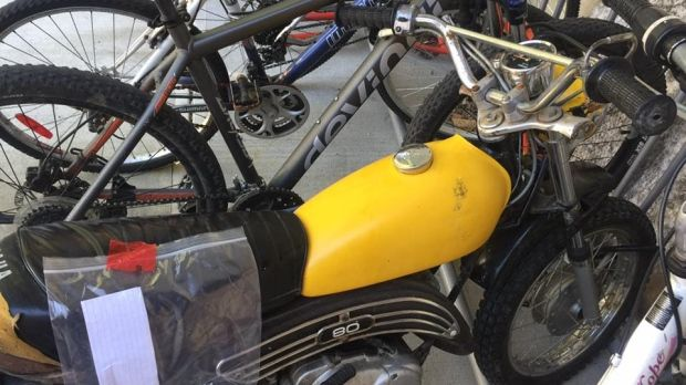 """Thieves in Mission, B.C. redeemed themselves by returning a child's dirt bike with a new lock, an oil change and a full tank of gas.  On July 29, Mel Flesher took to Facebook to bemoan the theft of her boyfriend's child's 80cc dirt bike from their apartment complex.  """"We recently got this... - #BC, #Bike, #Childs, #Dirt, #Redemption, #Return, #Thieves, #TopStories"""