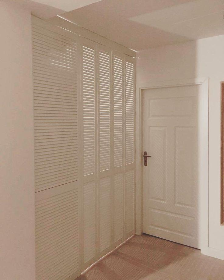 W naszej ofercie pojawiła się możliwość realizacji szafy z frontami ażurowymi. Jak według Was się prezentują? Prosimy o opinie. Pozdrawiamy i po więcej detali zapraszamy na naszą stronę szafawawa.pl #szafa #szafy #wardrobe #szafki #frontyażurowe #fronty #meble #furniture #home #dom #mieszkanie #decor #design #instasize #photooftheday #wnętrze #likeit #warszawa #warsaw #poland #polska #work #skończone