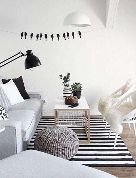 alfombra rayada en blanco y negro de lana estilo nordico