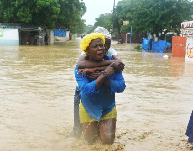 Después del terremoto de 2010, el país ha sido sacudido por dos huracanes: el Irene y el Sandy, el más reciente, que ha dejado 54 muertos
