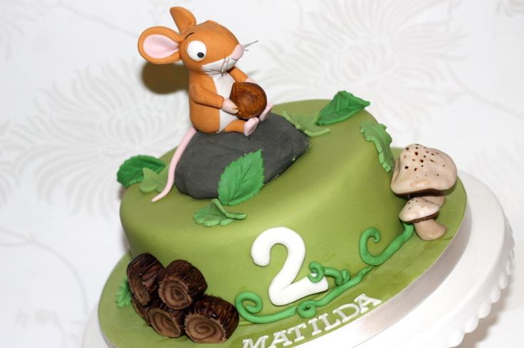 The Gruffalo Mouse cake visit Zoe's Fancy cake fb page for more lovely cakes. She also now makes YouTube tutorials!