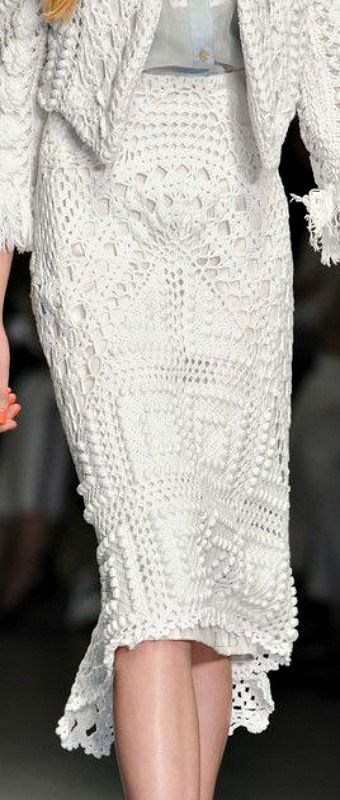 Bora Aksu at London Spring 2015 (Details) | LBV A14 ♥✤